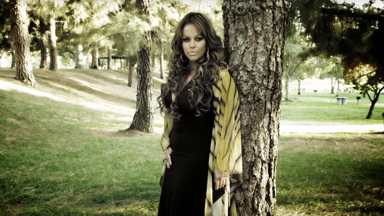 jenni-rivera-when-she-was-pregnant-sex